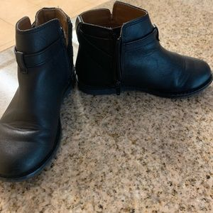 GAP Shoes - Girls booties